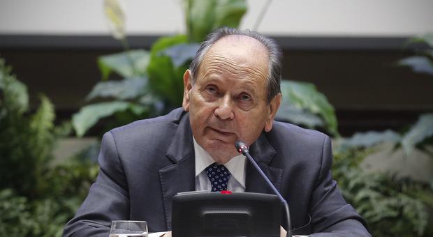 Ladri tentano furto in casa di Giorgio Lattanzi. Il presidente della Consulta: «Stavolta è andata bene»