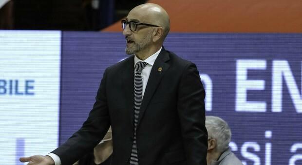 Coach Frank Vitucci