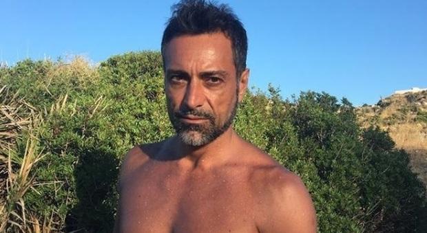 Isola dei Famosi, Pietro Delle Piane si candida: «Ho bisogno di staccare la spina»