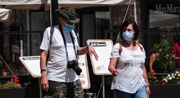 Coronavirus, boom di contagi in Veneto: 127 in un giorno. Marche-record: mai così tanti positivi da inizio maggio