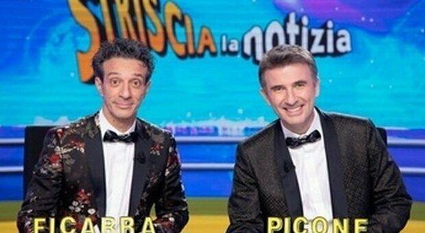 «In Italia troppe tragedie, dagli alluvioni al Gf Vip»: bufera sulla frase di Ficarra e Picone a Striscia