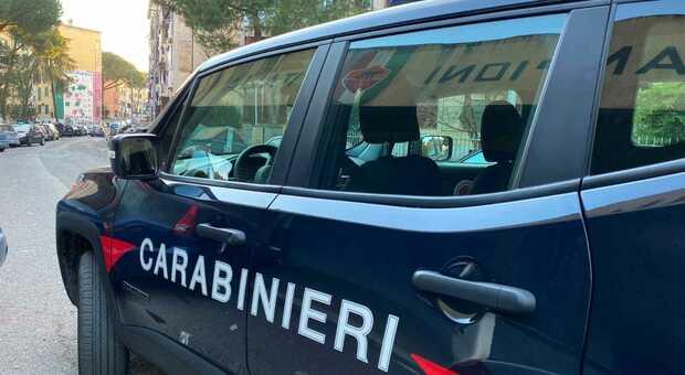 Una pattuglia dei Carabinieri a San Basilio