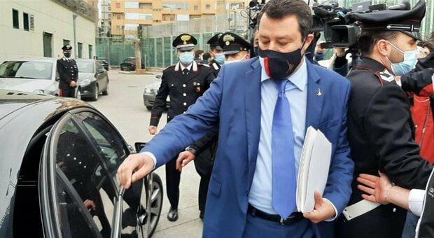 Salvini rinviato a giudizio per sequestro di persona su Open Arms: «Vado a processo a testa alta»