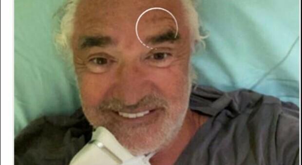 Flavio Briatore, il selfie dal letto al San Raffaele (cancellato pochi minuti dopo)