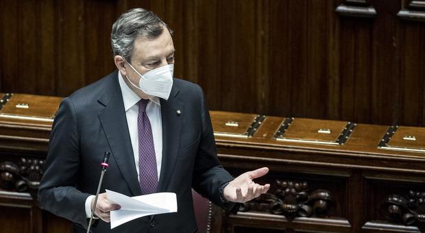Recovery, Draghi alla Camera: «230mila posti negli asili, banda larga ovunque nel 2026. Alta velocità sulla Salerno-RC»