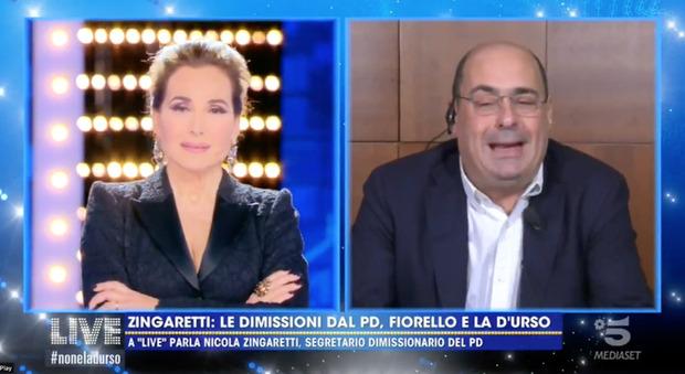 Zingaretti da Barbara D'Urso, la conduttrice: «Mi sento in colpa». «Dimissioni irrevocabili? Sì. Salvini? Non faccia il furbo»