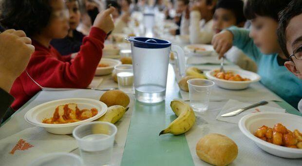 Ramadan, la circolare della scuola vieta il digiuno ai bambini musulmani: «Alcuni sono svenuti per la fame»