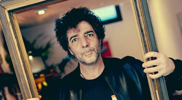 """Il genio di Max Gazzé: «Leonardo mi ha ispirato il nuovo album """"La matematica dei rami""""»"""