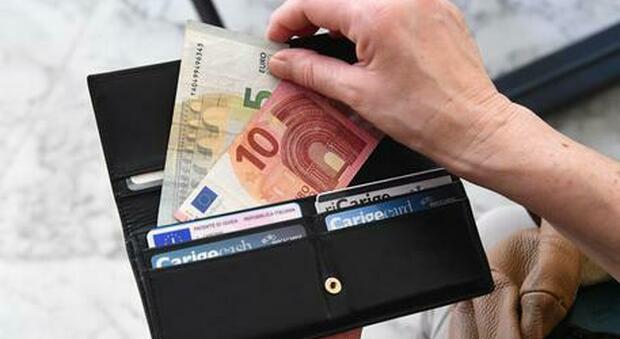 Aumentano bollette di luce e gas: peseranno 60 euro sulle tasche degli italiani