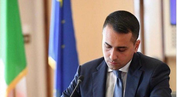 Dpcm, la proposta di Di Maio a Live per aiutare chi è penalizzato: «Tagliamo lo stipendio ai parlamentari»