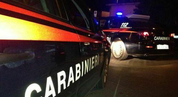 Roma, spara negli uffici di una ditta e uccide un uomo: poi tenta di togliersi la vita