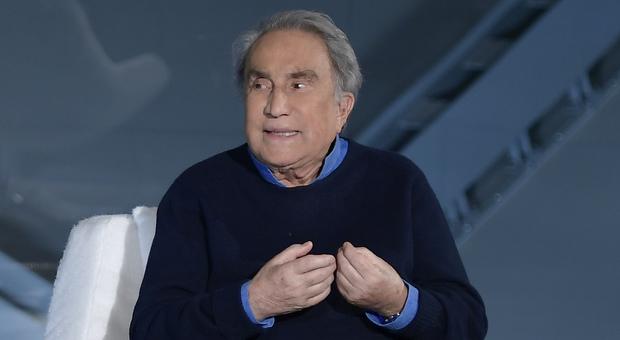 Emilio Fede furioso, niente permesso per andare da moglie e figlia: «Scriverò a Mattarella»