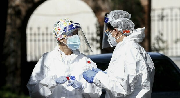 Covid, Iss: «Epidemia entrata in fase acuta, indice Rt è 1,17»