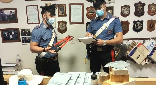 carabinieri_furti_garage_auto