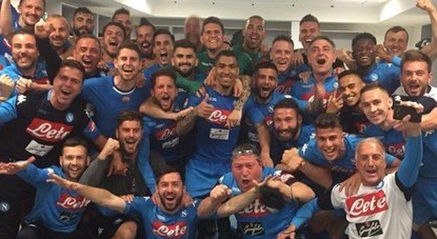 Il Napoli vince: il parroco della basilica del Rione Sanità suona le campane per 17 minuti di fila