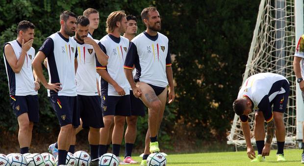 Marco Mancosu e compagni nel ritiro giallorossi