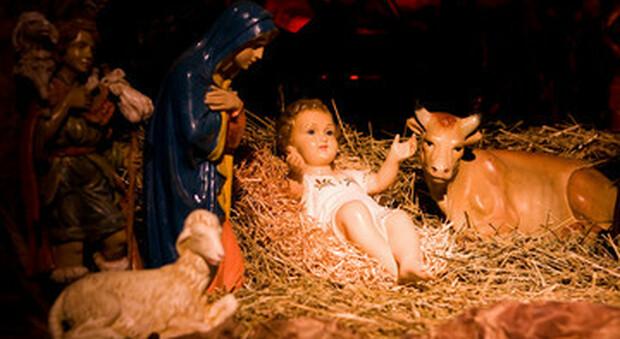 Natale, messa di mezzanotte in streaming: la Cei pensa al piano d'emergenza