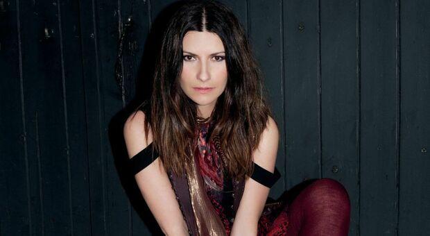 Laura Pausini, il suo canto dal Colosseo per aiutare il Libano ferito di Mika. Sabato 19 settembre