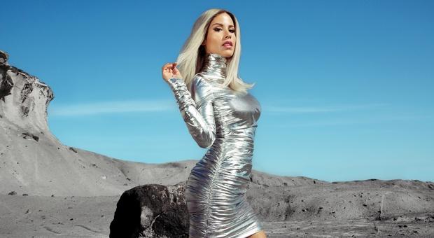 """Baby K, una """"Donna sulla luna"""": «Ho una nuova consapevolezza: posso fare tutto da sola»"""