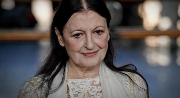Carla Fracci a Verissimo: «Ho avuto solo un figlio, ma è stato un errore». Silvia Toffanin commossa