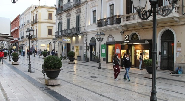 La zona pedonale di Taranto