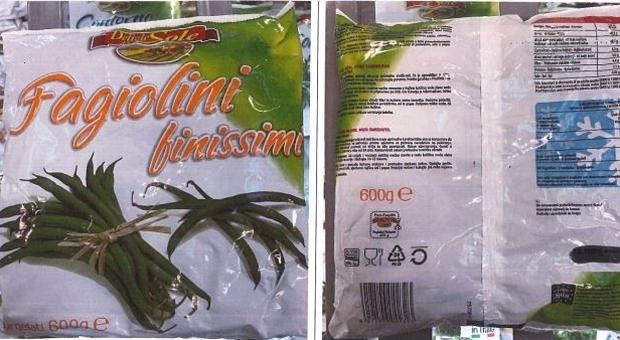 Fagiolini surgelati venduti da Eurospin ritirati. «Erba velenosa nella confezione»