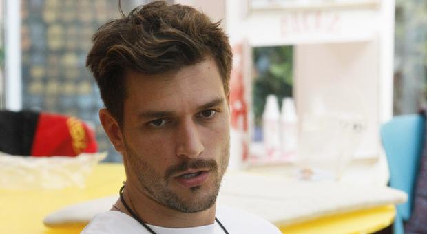 Grande Fratello Vip, Andrea Zelletta choc: «Mi devo sfogare». E chiede un bagno privato (per gentile concessione di Endemol)