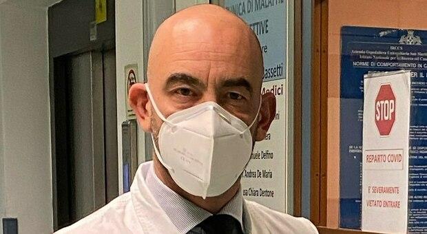 Coronavirus, Bassetti smentisce Salvini: «Il plasma non funziona. La terza ondata ci sarà sicuramente»