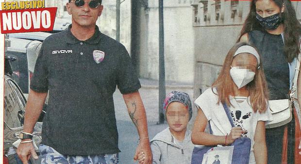 Eros Ramazzotti e Marica Pellegrinelli con i figli Gabrio Tullio e Raffaella Maria (Nuovo)