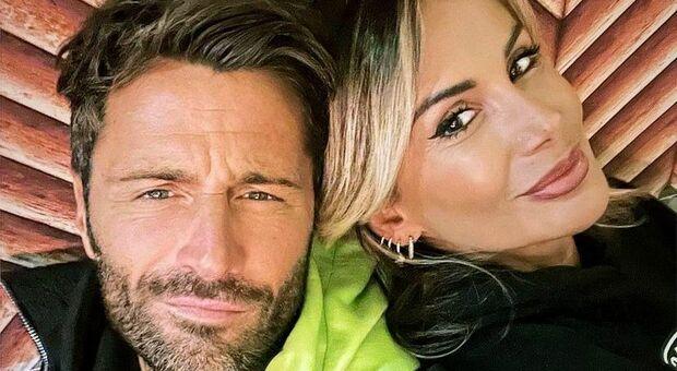 Due ex concorrenti del Grande Fratello, Filippo Bisciglia e Simona Salvemini, un tempo fidanzati, si incontrano e pubblicano una storia Instagram dimostrando affetto reciproco