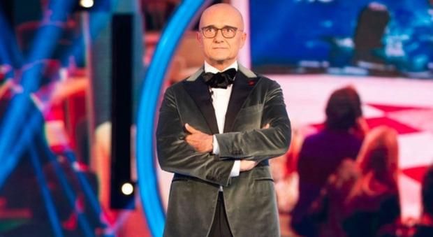 Gf Vip, il segreto di Alfonso Signorini: «Non so come dirlo ai concorrenti, la prenderanno male...»
