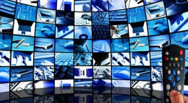 Manovra: Tv e decoder da cambiare, arriva il bonus. Pace fiscale per gli avvisi bonari