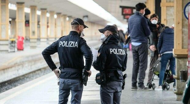 In treno senza green pass, ma con oltre 3 chili di marijuana: arrestato 24enne africano
