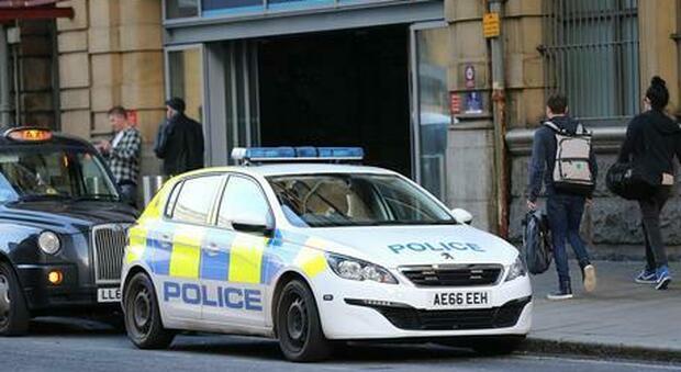 Omicidio a Londra: trovata una bambina di 5 anni senza vita, arrestata una donna di 31 anni