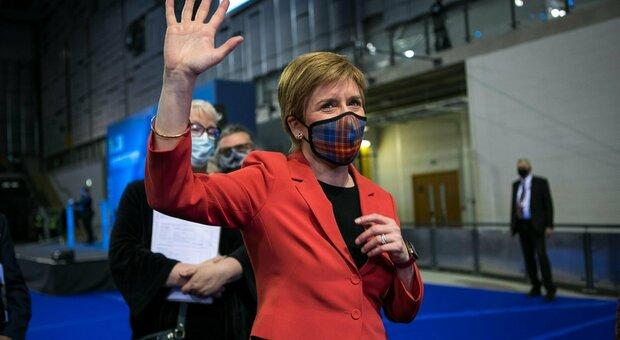 Scozia, alle elezioni vince ancora l'indipendentista Sturgeon