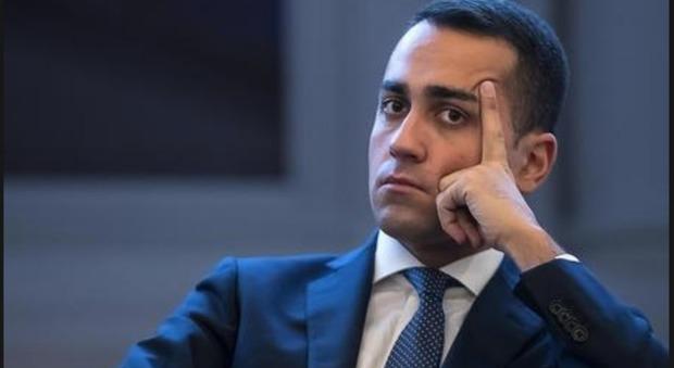 Whirlpool, l'inchiesta di Politico.eu: «Di Maio sapeva da mesi della chiusura». Calenda: «Ha mentito»
