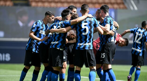 Serie A, l'Udinese si arrende all'Inter campione d'Italia: al Meazza finisce 5-1