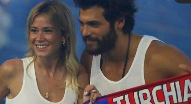 Diletta Leotta e Can Yaman, derby d'amore: il selfie durante Italia-Turchia fa impazzire i social