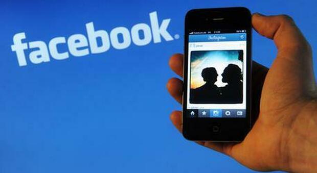 Facebook e Instagram, il Garante della privacy apre un fascicolo sulla presenza dei minori sui social