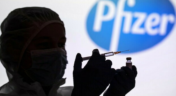 Pfizer, all'Europa 50 milioni di dosi in più entro giugno: all'Italia circa 6,5 milioni