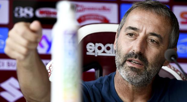 Torino, calciatore positivo al coronavirus: «Non era convocato a Firenze». La squadra va in ritiro