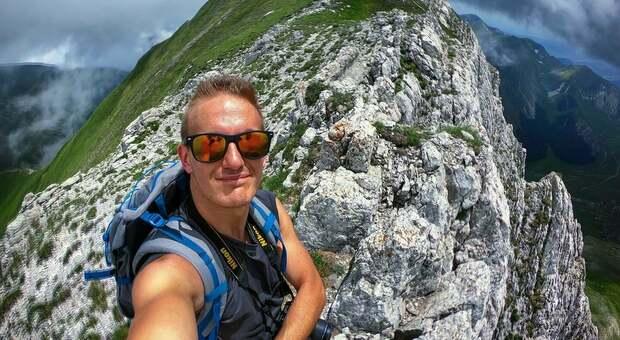 Tragedia durante l'arrampicata, Mattia precipita e muore a 30 anni