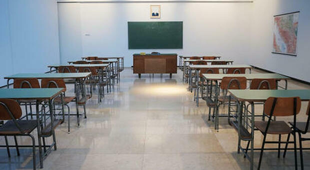 Nella 'bianca' Sardegna le scuole riaprono in presenza al 100%. I presidi: «Ora vacciniamo tutti»