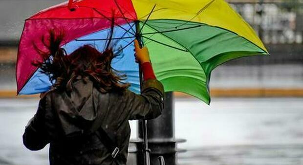 Meteo, irruzione artica sull'Italia da martedì: freddo, vento forte e temporali