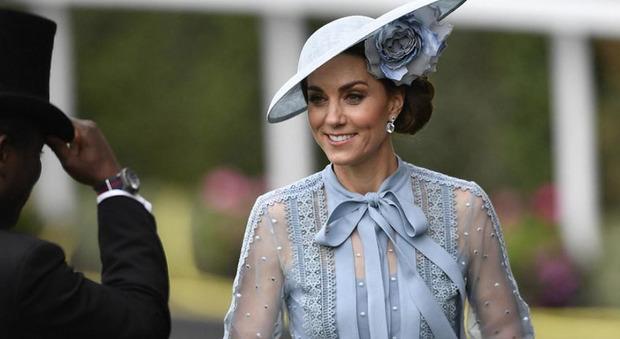 Kate Middleton, l'indiscrezione choc: «Le regole rigorose che richiede per starle accanto...»