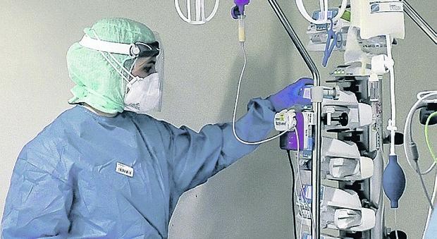 Altri 1028 casi in Puglia su 13mila test, sale l'incidenza ma meno ricoveri in terapia intensiva