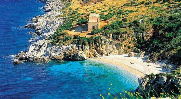 Sicilia, pacchetti vacanze per le isole scontati «fino al 20%» con vaccino incluso. La proposta