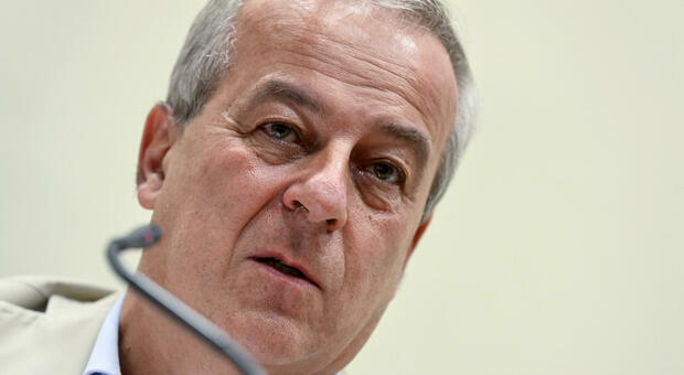 Covid, Locatelli assicura: «Non ci sarà un altro lockdown. Ora il Paese è preparato»