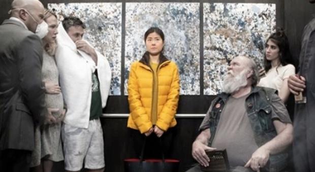"""Il primo film sul Covid-19 è già pronto: si chiama """"Corona"""" ed è ambientato in un ascensore"""