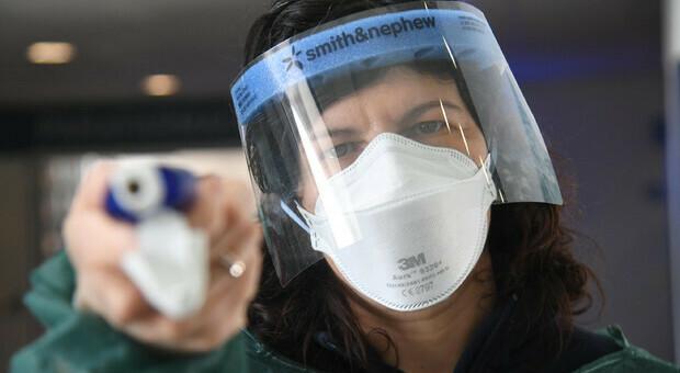 Lo studio: chi non indossa la mascherina ha disturbi antisociali di personalità